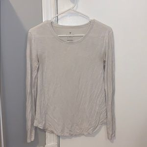 AEO white soft and sexy long sleeve top